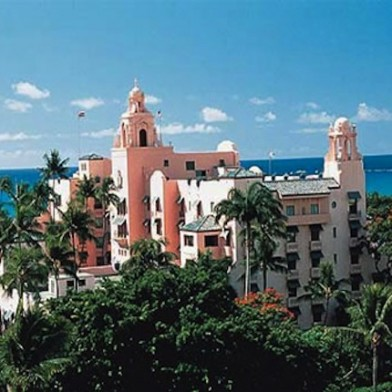 royal hawaiian hotel pink